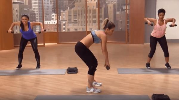 Упражнение для рук и спины