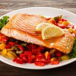 Ужин — рыба и овощи