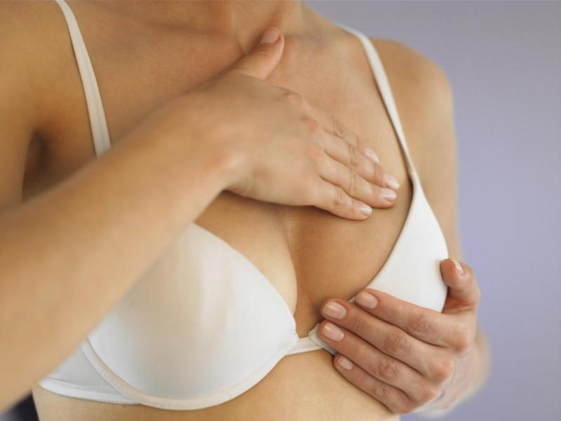 Уплотнения в молочной железе при грудном вскармливании: причины и способы лечения