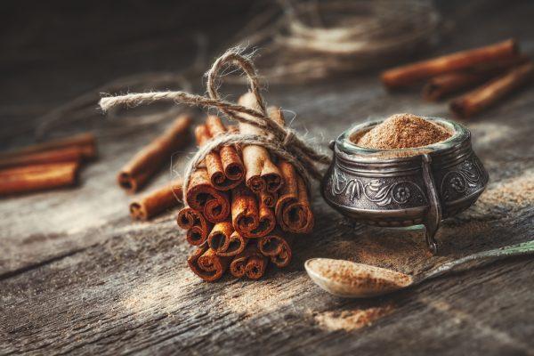Корица в трубочках и молотая