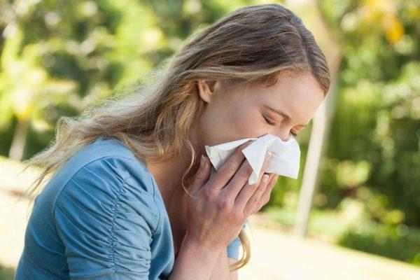 пищевая аллергия у женщины