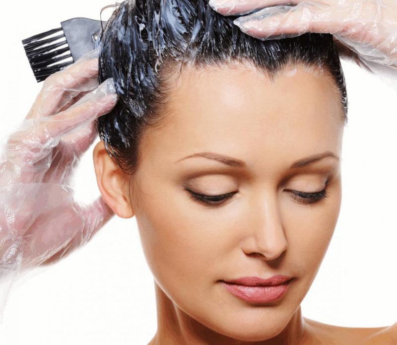 Правильное окрашивание волос при грудном вскармливании