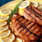 Рыба гриль с лимоном
