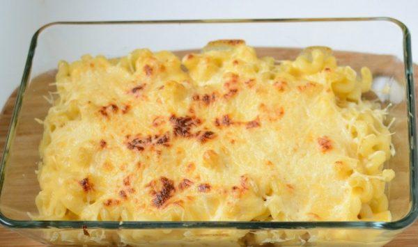 Макаронная запеканка с сыром и яйцами