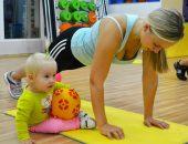Зарядка с младенцем