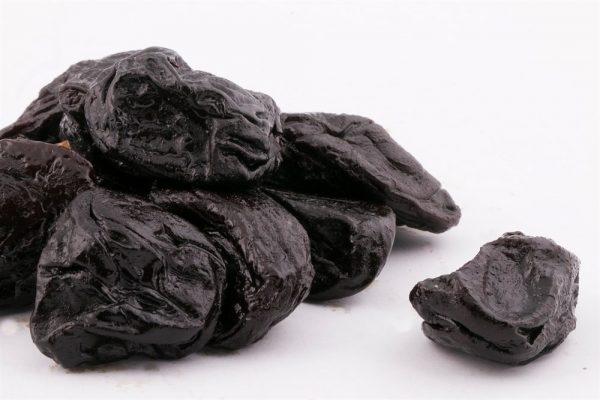 Матовая поверхность плодов чернослива