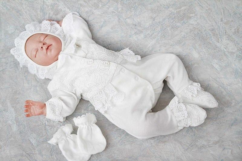 Выписка из роддома — список необходимого для мамы и малыша